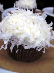 red velvet cupcake ($4)